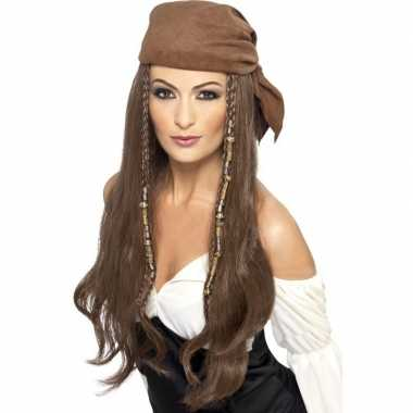 Bruine piratenpruik kralen dames carnavalskleding den bosch