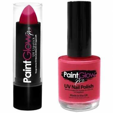 Felroze/neonroze lippenstift/lipstick nagellak uv/glow the dark carna
