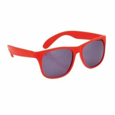 Goedkope rode zonnebrillen carnavalskleding den bosch