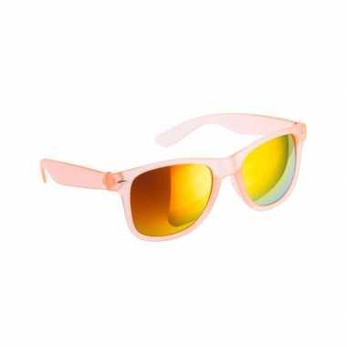 Trendy zonnebrillen oranje spiegelglas carnavalskleding Den Bosch