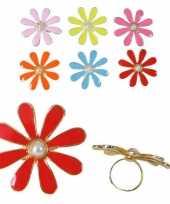 Carnavalskleding bloemetjes ring pareltje